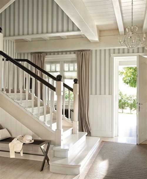 Decorar paredes rayas and amor on pinterest - Decorar paredes con papel ...