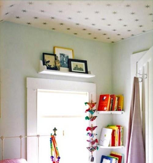 Tienda online telas papel decorar el techo con papel for Cuartos decorados con estrellas