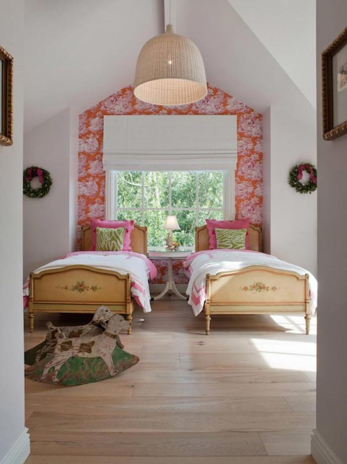 papel pintado en dormitorio juvenil