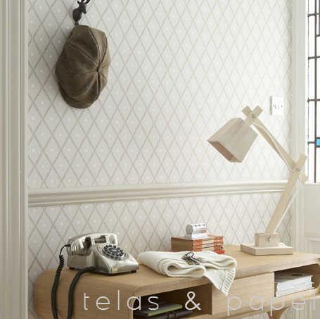 Tienda online telas papel papel pintado con estampado for Papel pintado marron