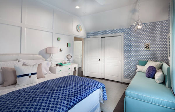 Papel pintado hexagonos de hicks en color azul telas - Dormitorio con papel pintado ...