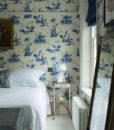 dormitorio con papel chinois-