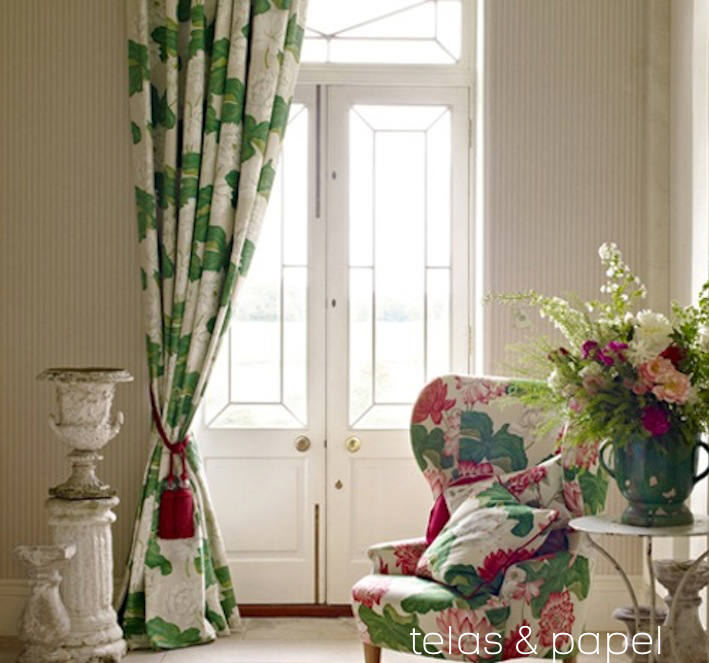Tienda online telas papel papel pintado de rayas online for Papel pintado recibidor