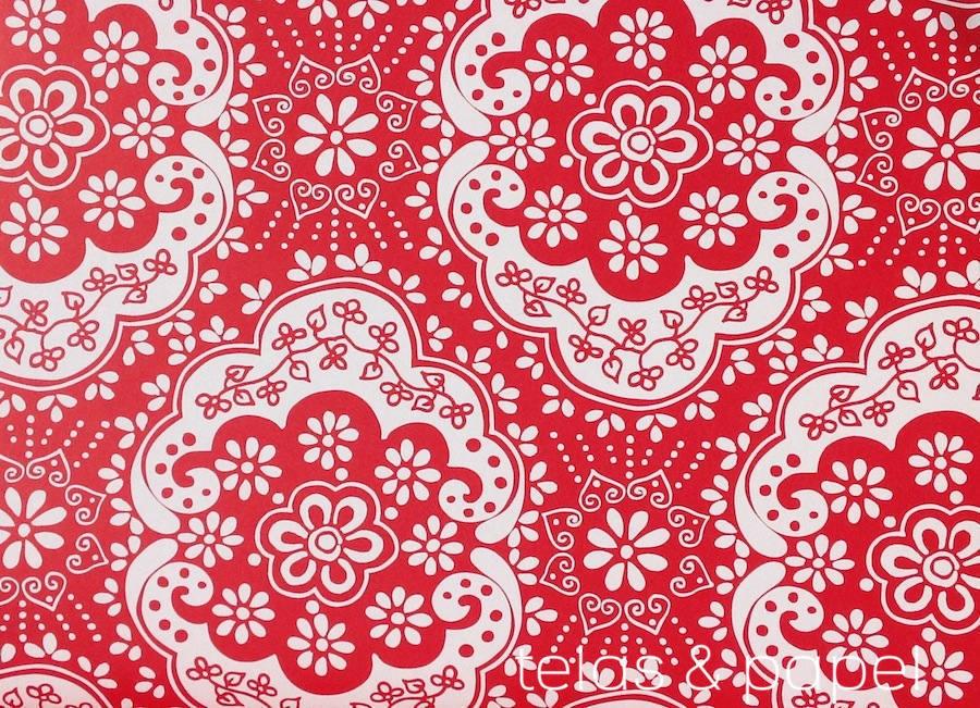 Papel pintado encaje rojo telas papel for Papel pintado rojo