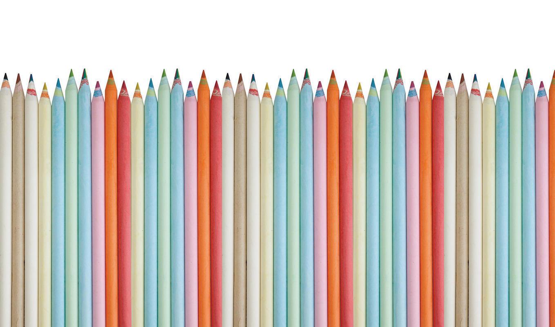 Mural de papel pintado con lapices de colores pastel for Murales de papel pintado