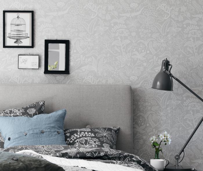 Tienda online telas papel un dormitorio empapelado con papel pintado gris - Papel pintado cabecero cama ...