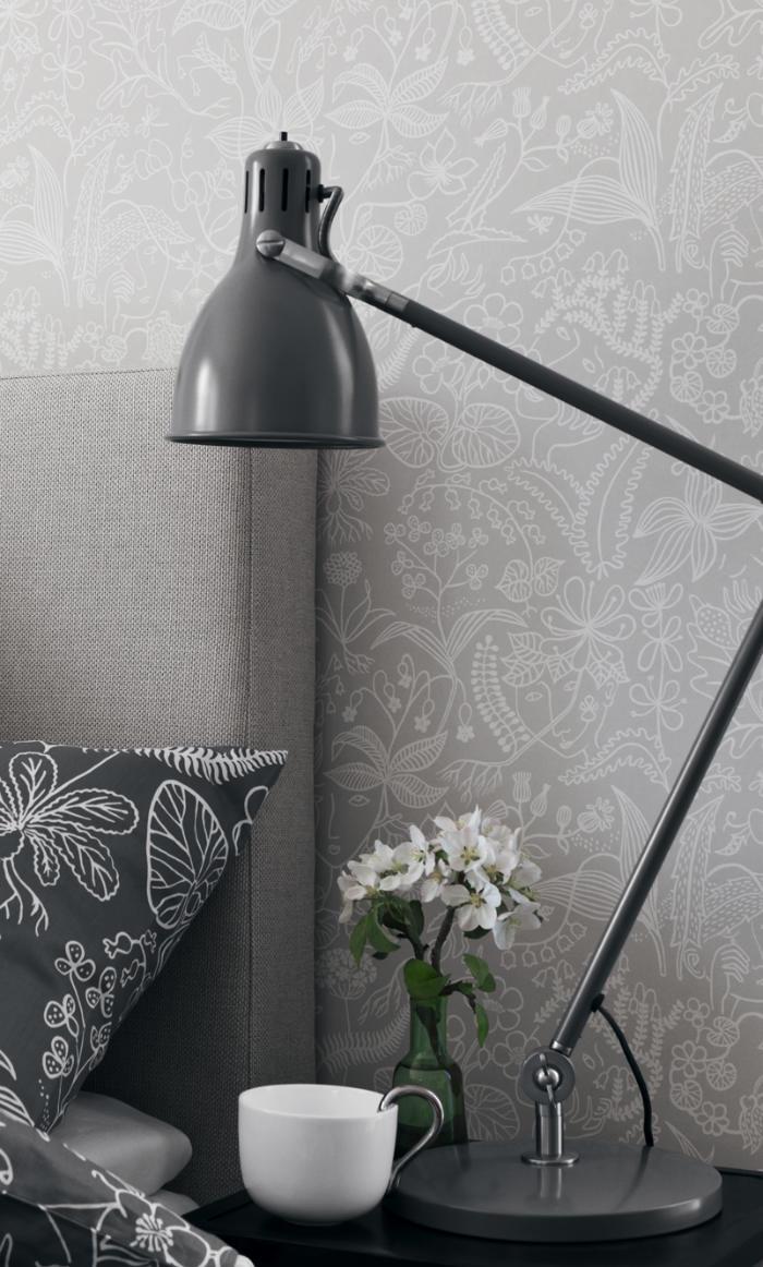 Un dormitorio empapelado con papel pintado gris telas - Papel pintado online ...