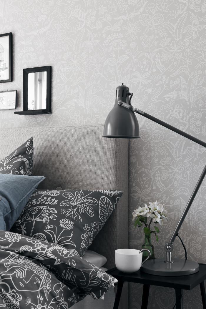 Un dormitorio empapelado con papel pintado gris telas - Dormitorio papel pintado ...