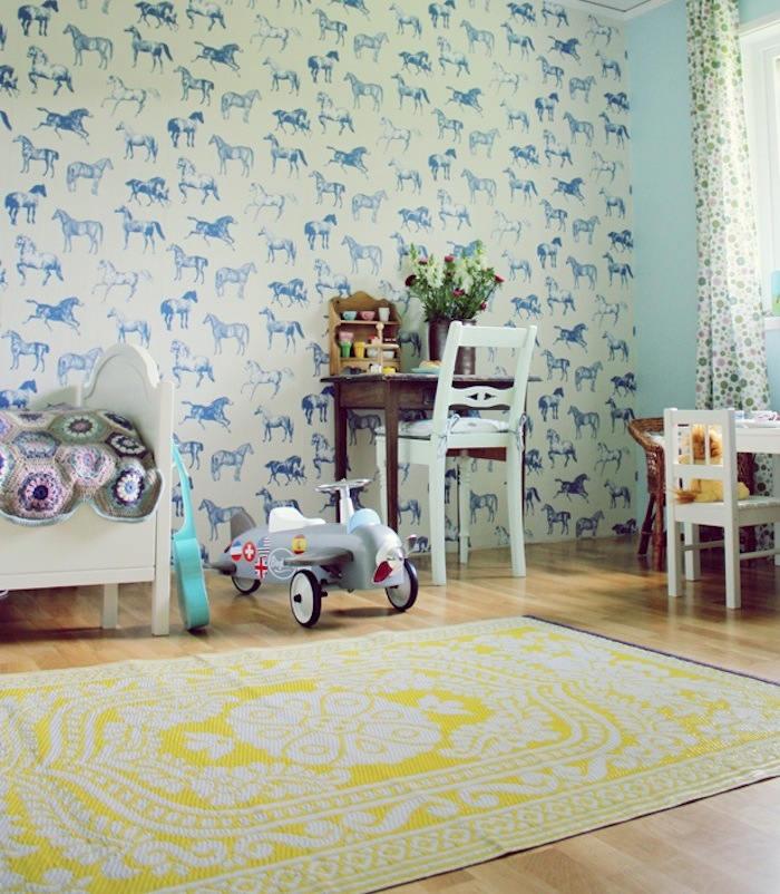Tienda online telas papel un precioso papel pintado for Papel para empapelar habitaciones