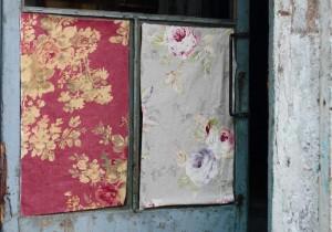 colecciones de telas de Les Creations con flores