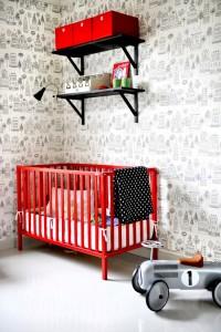 habitación con papel pintado kaspar