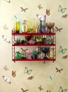 estas mariposas de colores quedan geniales en la pared