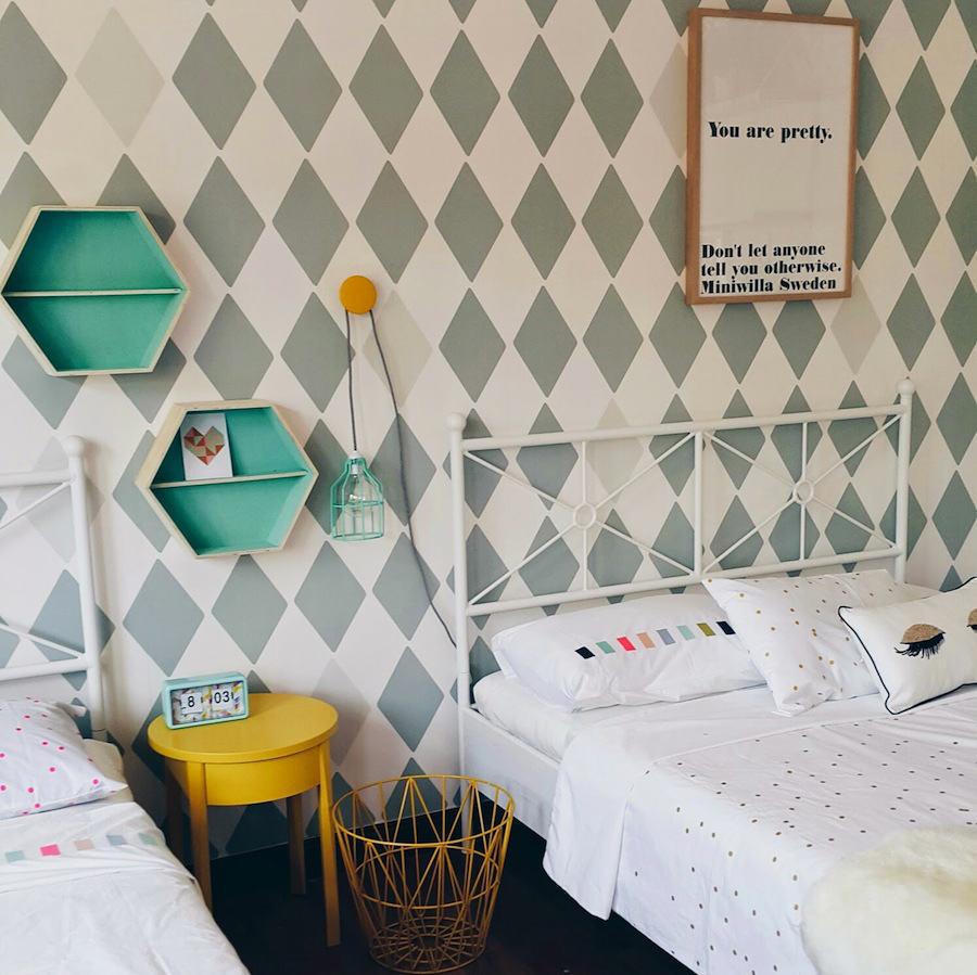 Tienda online telas papel un dormitorio infantil con - Papel para cubrir paredes ...