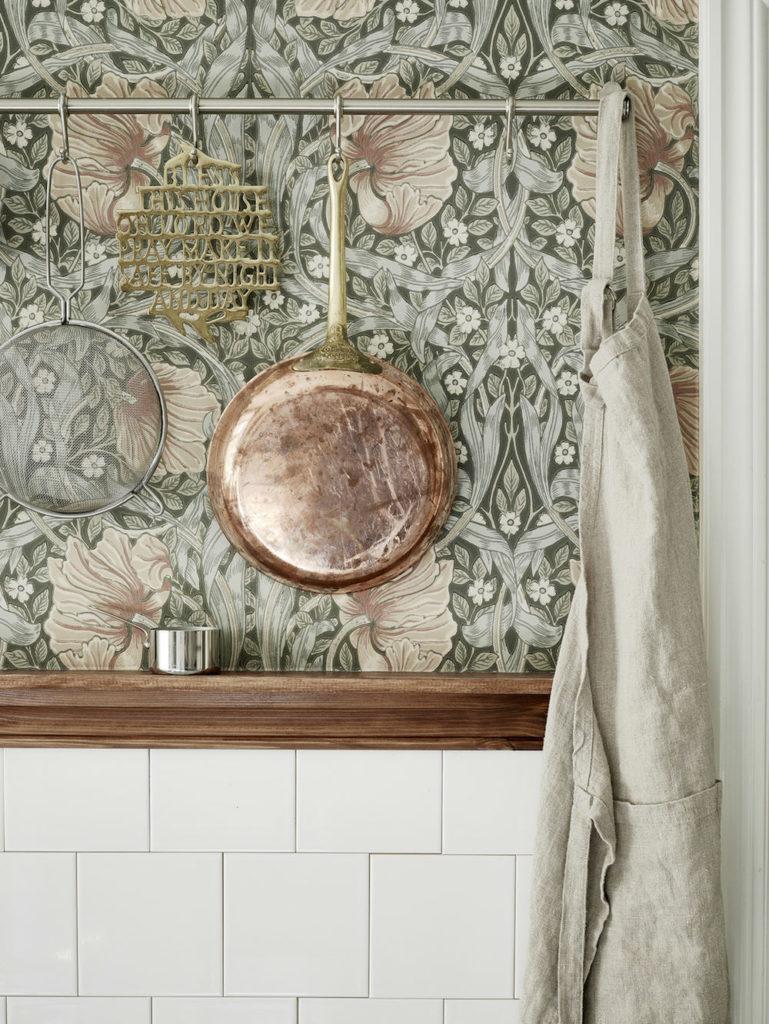 Tienda online telas papel una cocina empapelada con un - Telas de cocina ...