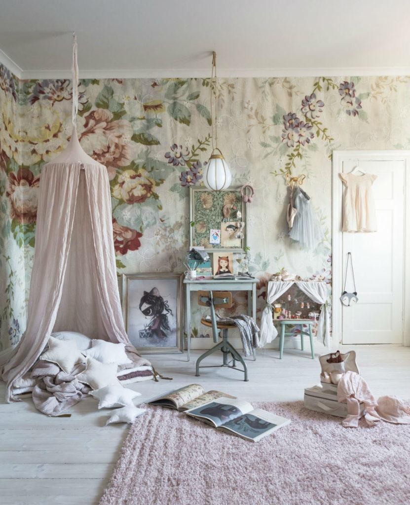 Mural De Flores Con Fotos